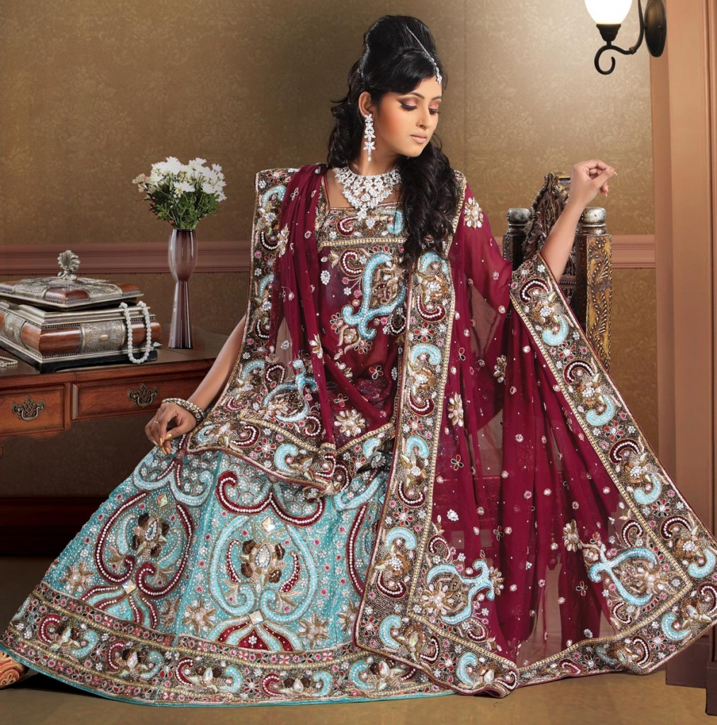 Pakistani clothes- suitable for every occasion and festival